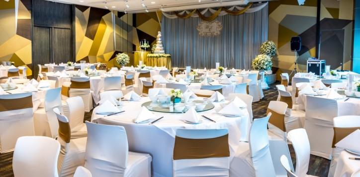 wedding_sapphire-suite2_1920x1080-2