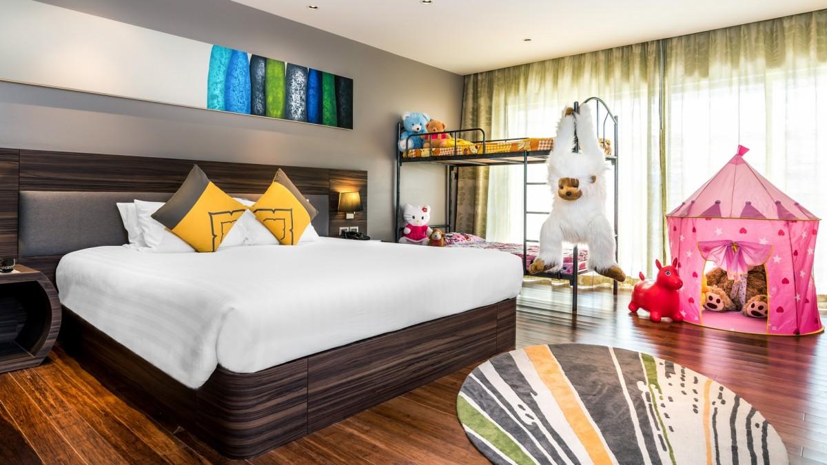 deluxe family room novotel phuket karon beach resort and spa