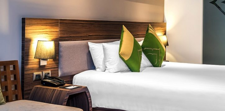 novotel-phuket-resort-superior-room