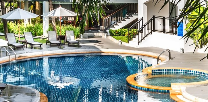 novotel-phuket-resort-pool-11