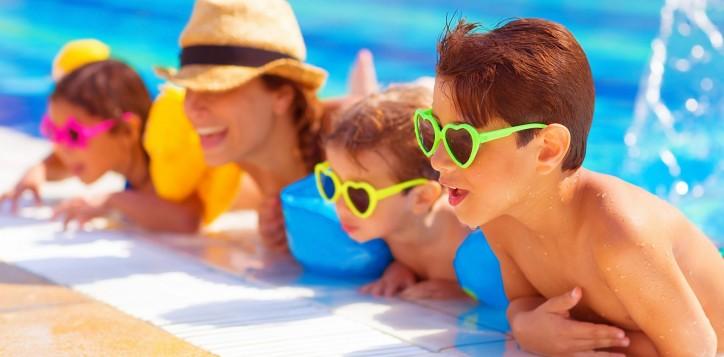 the-best-family-resort-in-karon-beach