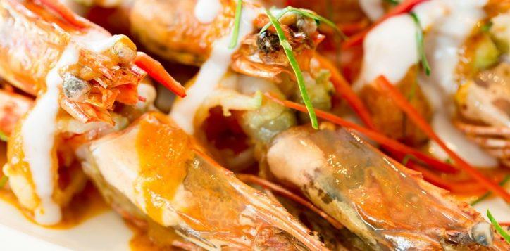 novotel-phuket-karon-prawns
