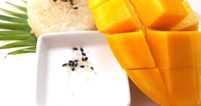 romantic-dinner-in-phuket-mango-sticky-rice