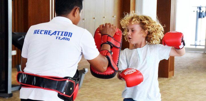 raff-muay-thai-training-at-novotel-karon-copyright-boyeatsworld-com_-au_