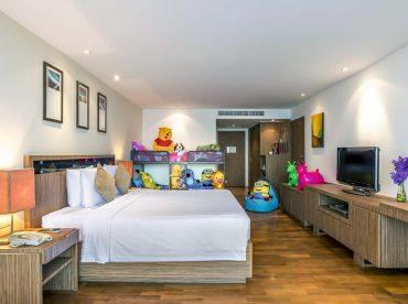deluxe-family-room