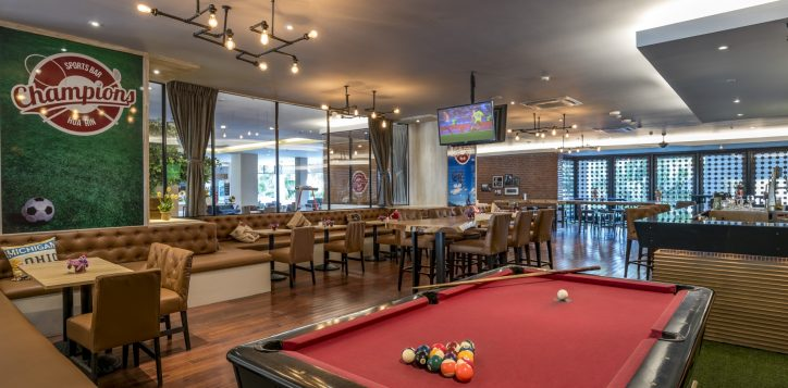 pool-at-champions-sports-bar-and-grill-2