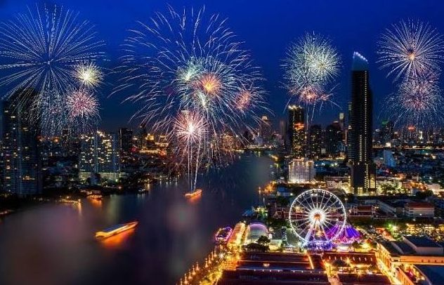 New Year Countdown Asiatique