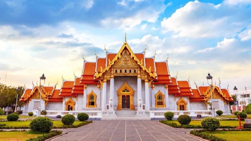 5-must-visit-temples-in-bangkok