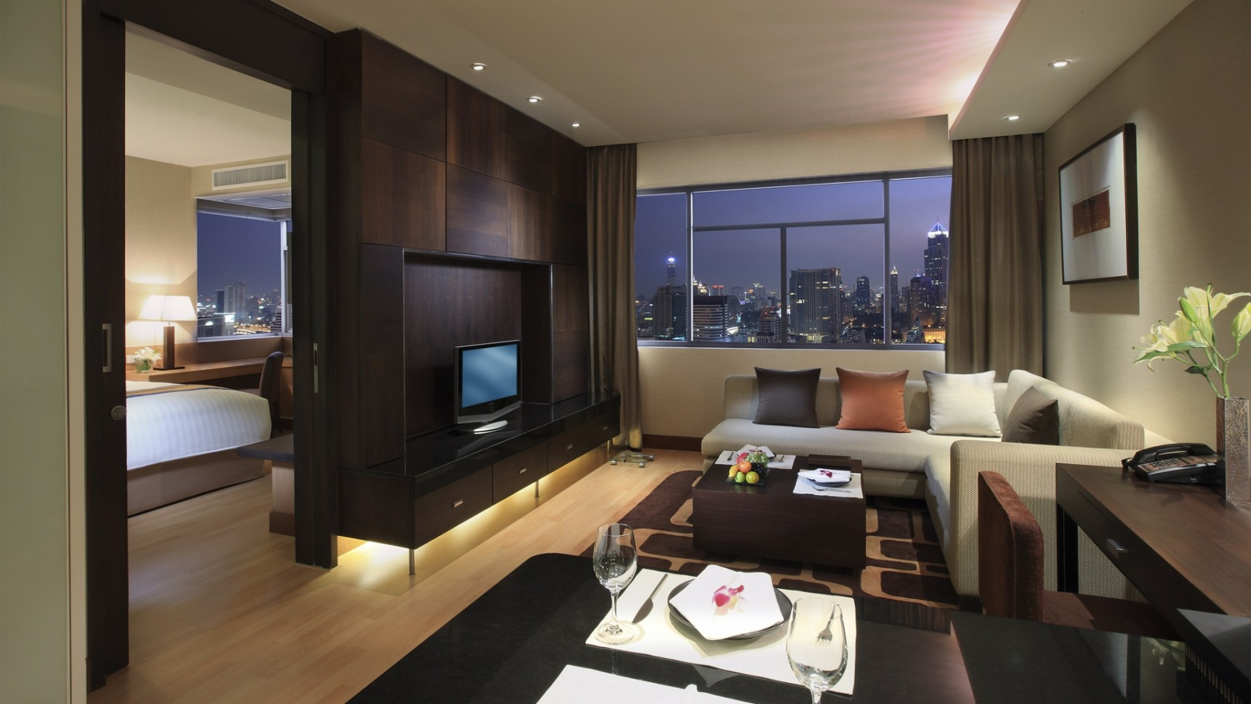 one bedroom apartments grand sukhumvit hotel bangkok executive 1 bedroom 12734
