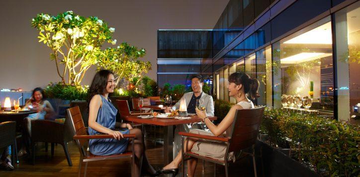 premier-lounge-novotel-0059_1800-x-1200