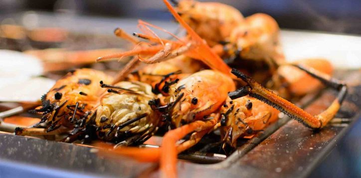 prawn-buffet-three-hotels