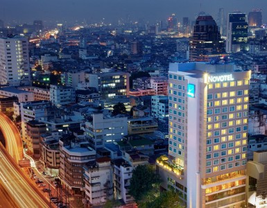 hotel-near-silom-nightlife