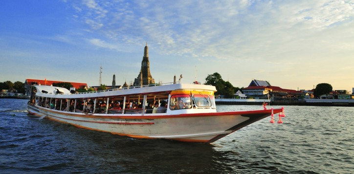 novotel-bangkok-fenix-silom-transportation-chaopraya-express-boat