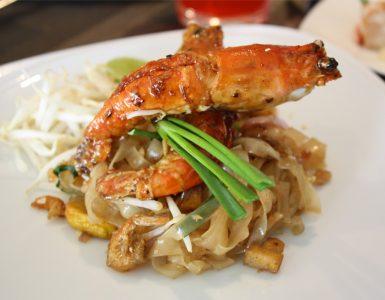 pad-thai-with-river-prawn