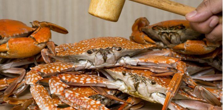 whack-a-crab-dinner-buffet-novotel-bangkok-silom2