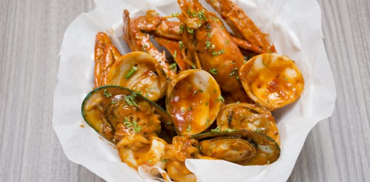 whack-a-crab-dinner-buffet-novotel-bangkok-silom-4