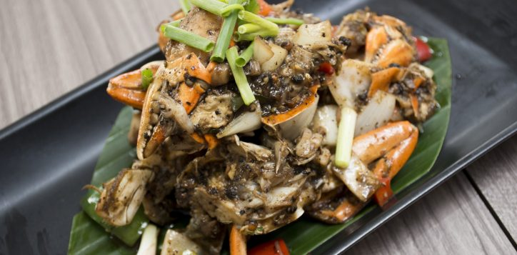 whack-a-crab-dinner-buffet-novotel-bangkok-silom-5