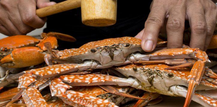whack-a-crab-dinner-buffet-novotel-bangkok-silom-61