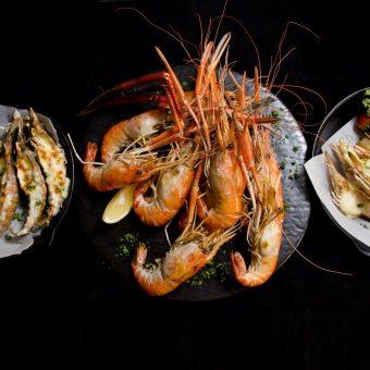flaming-prawns-rock-lobsters
