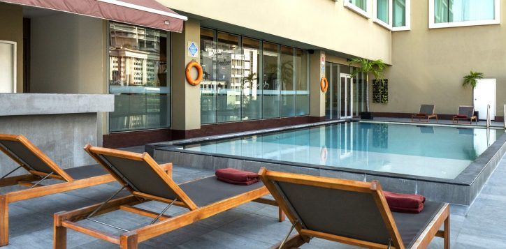 rs-swimming-pool-novotel-silom_008