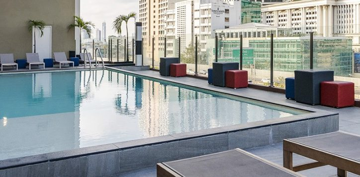 novotel-bangkok-fenix-silom-swimming-pool-4