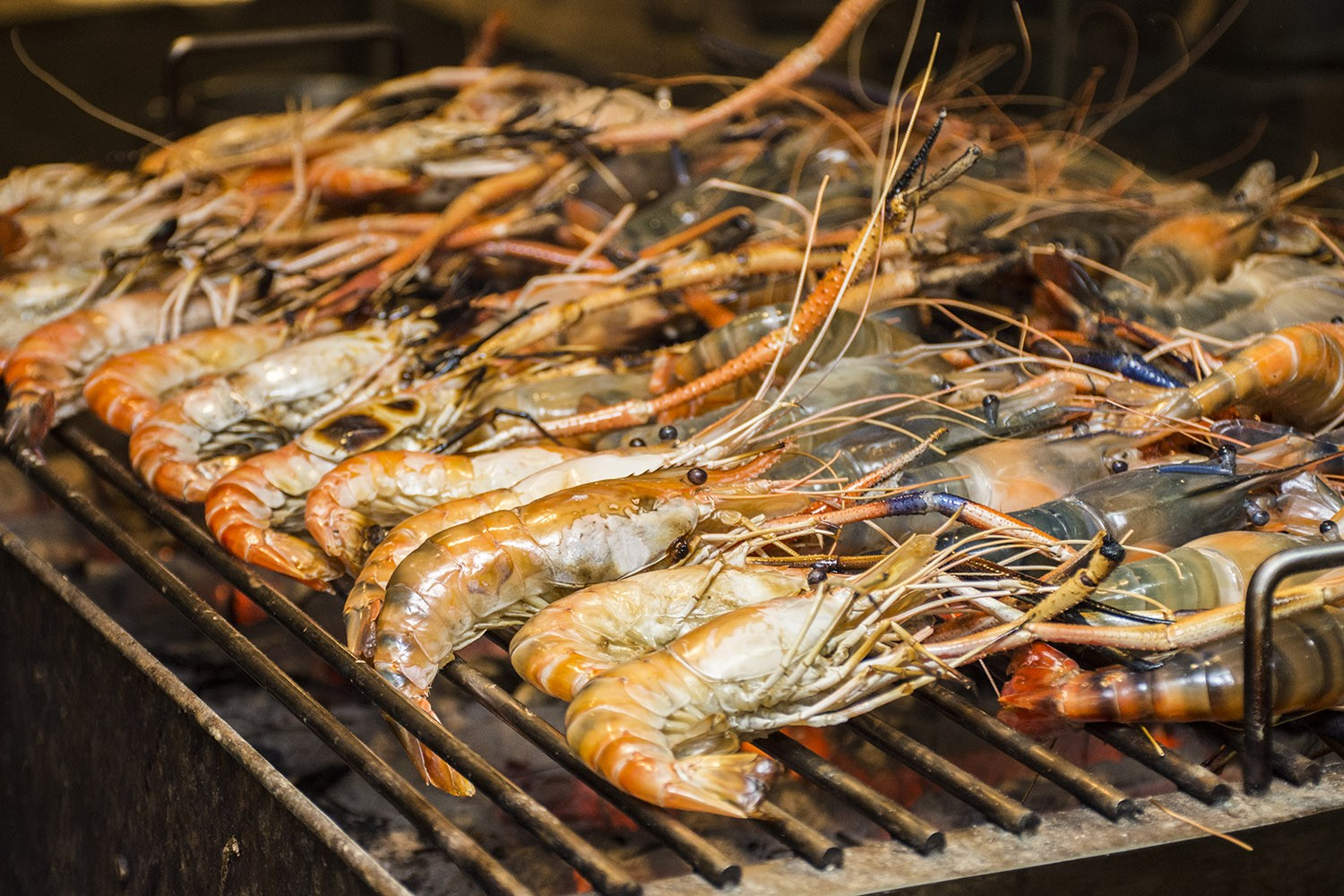 river prawn dinner buffet