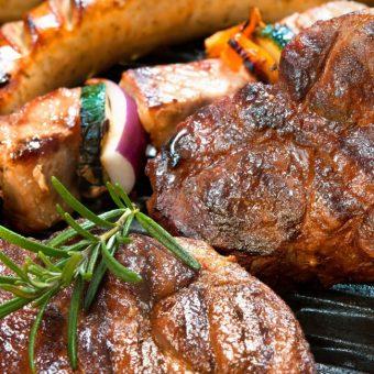 sunday-steak-bbq-buffet