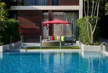 SO Comfy Pool Access terrace