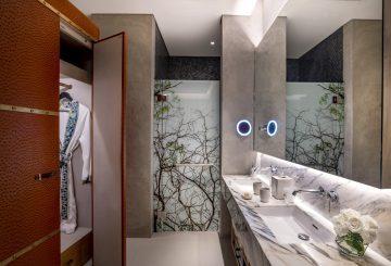SO Family bathroom