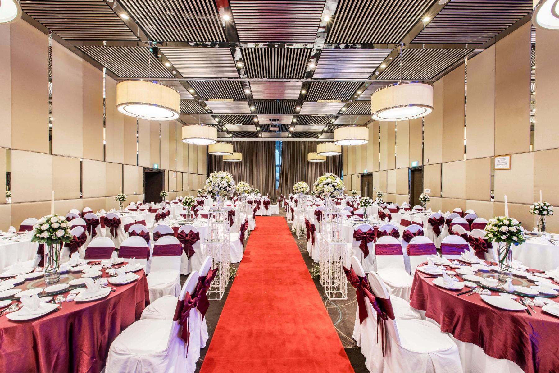 wedding-at-novotel-saigon-centre