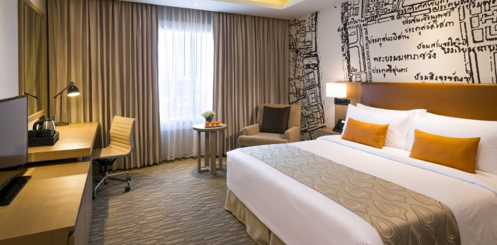 grand-mercure-bangkok-fortune-room