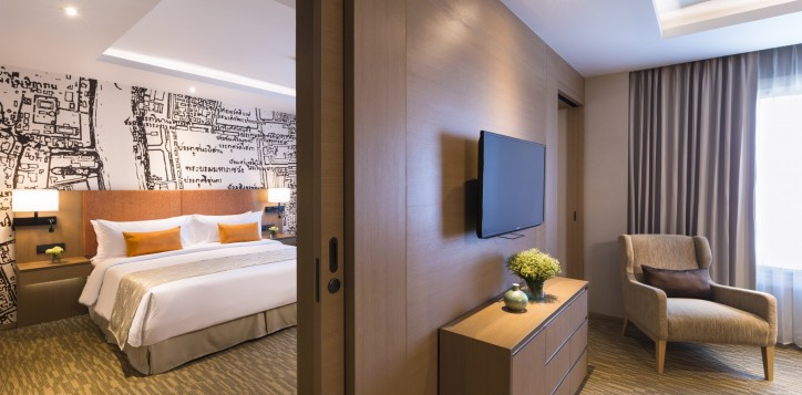 one-bedroom-suite-grand-mercure-bangkok-fortune