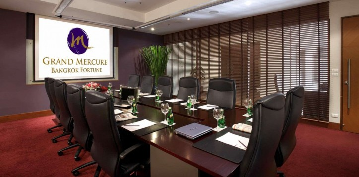 grand-mercure-bangkok-fortune-conference-room-2