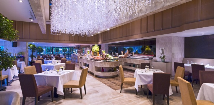 restaurants-grand-mercure-bangkok-fortune-2