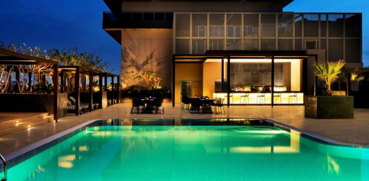 Azure Pool Lounge - Pullman Dubai Creek City Centre