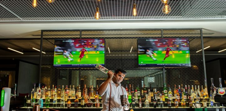 social-hours-at-la-fabrique-sports-bar