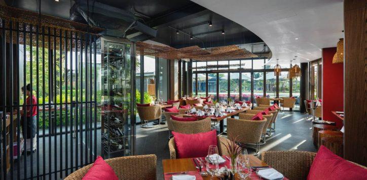 phu-quoc-seafood-restaurant-2