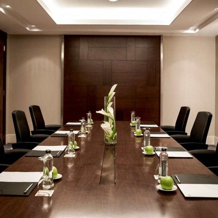eight-contemporary-meeting-rooms