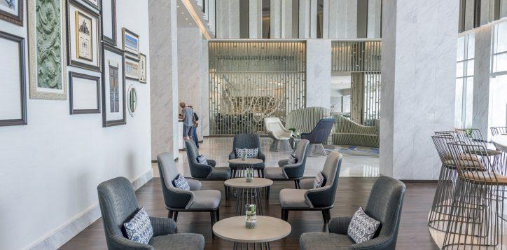 lua-lobby-bar