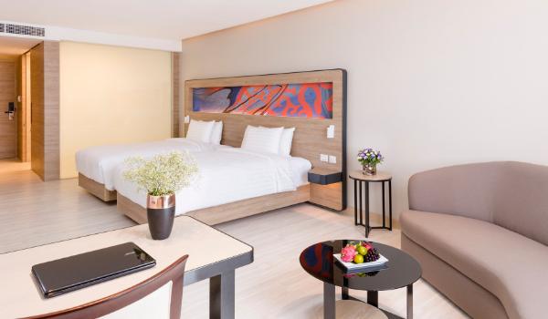 executive hotel rooms phuket business