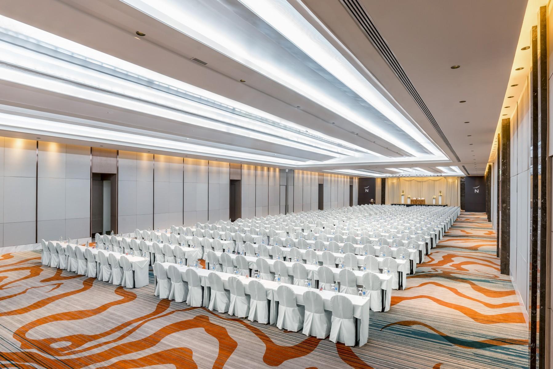 grande-ballroom