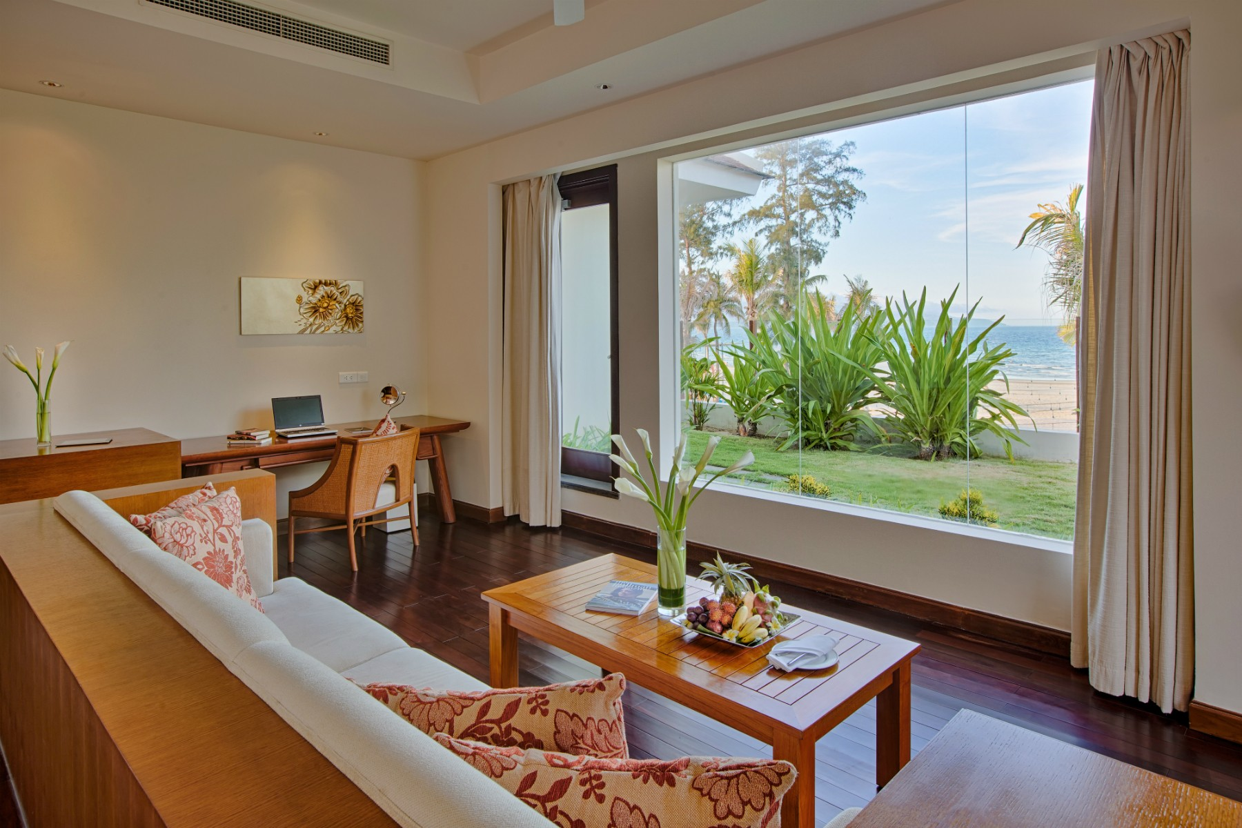 Pullman danang beach resort two bedroom cottage 5 star - 2 bedroom hotels in virginia beach ...