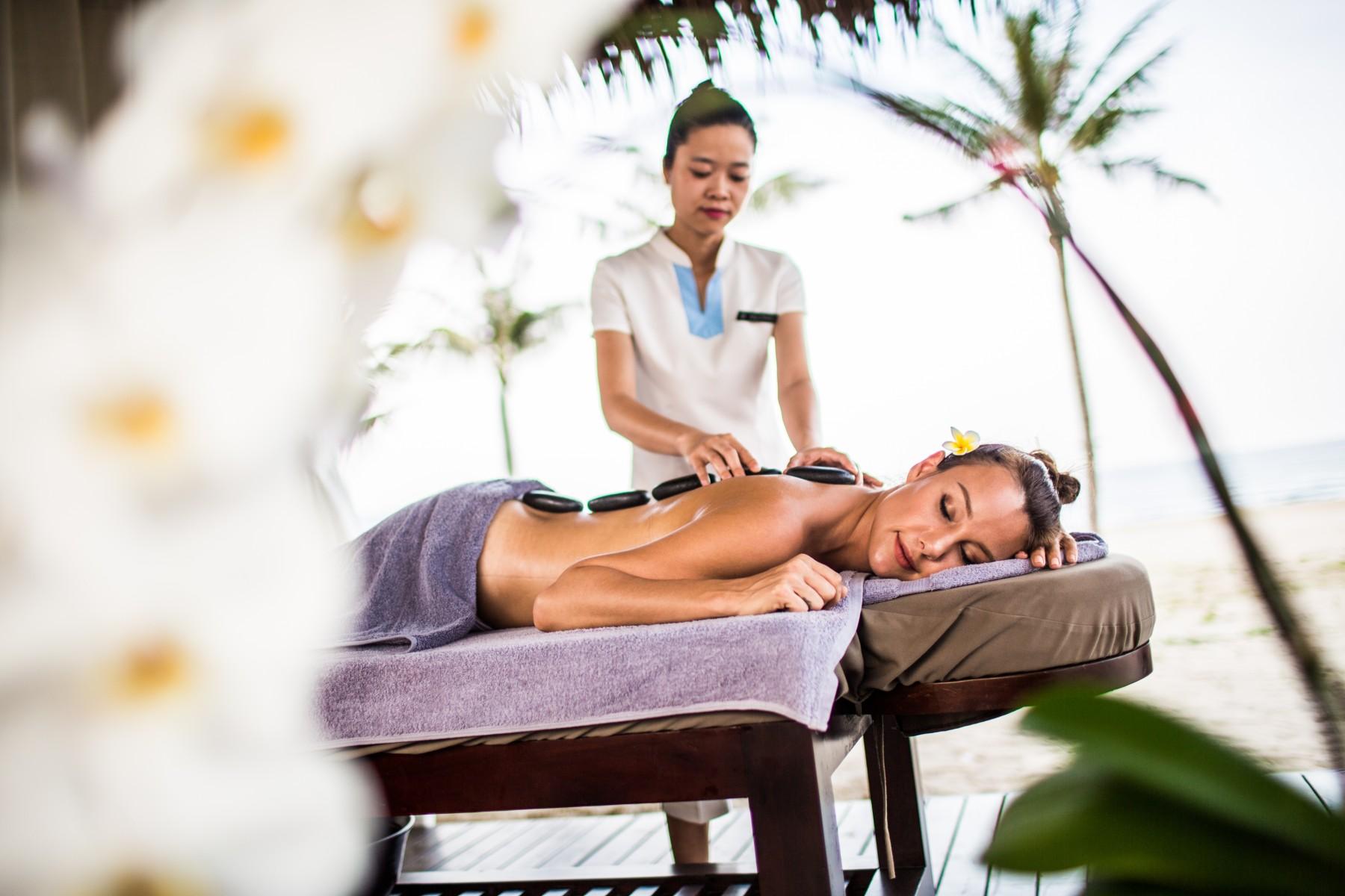 The Nắng Spa Thư Giãn Massage Đẳng cấp 5 sao