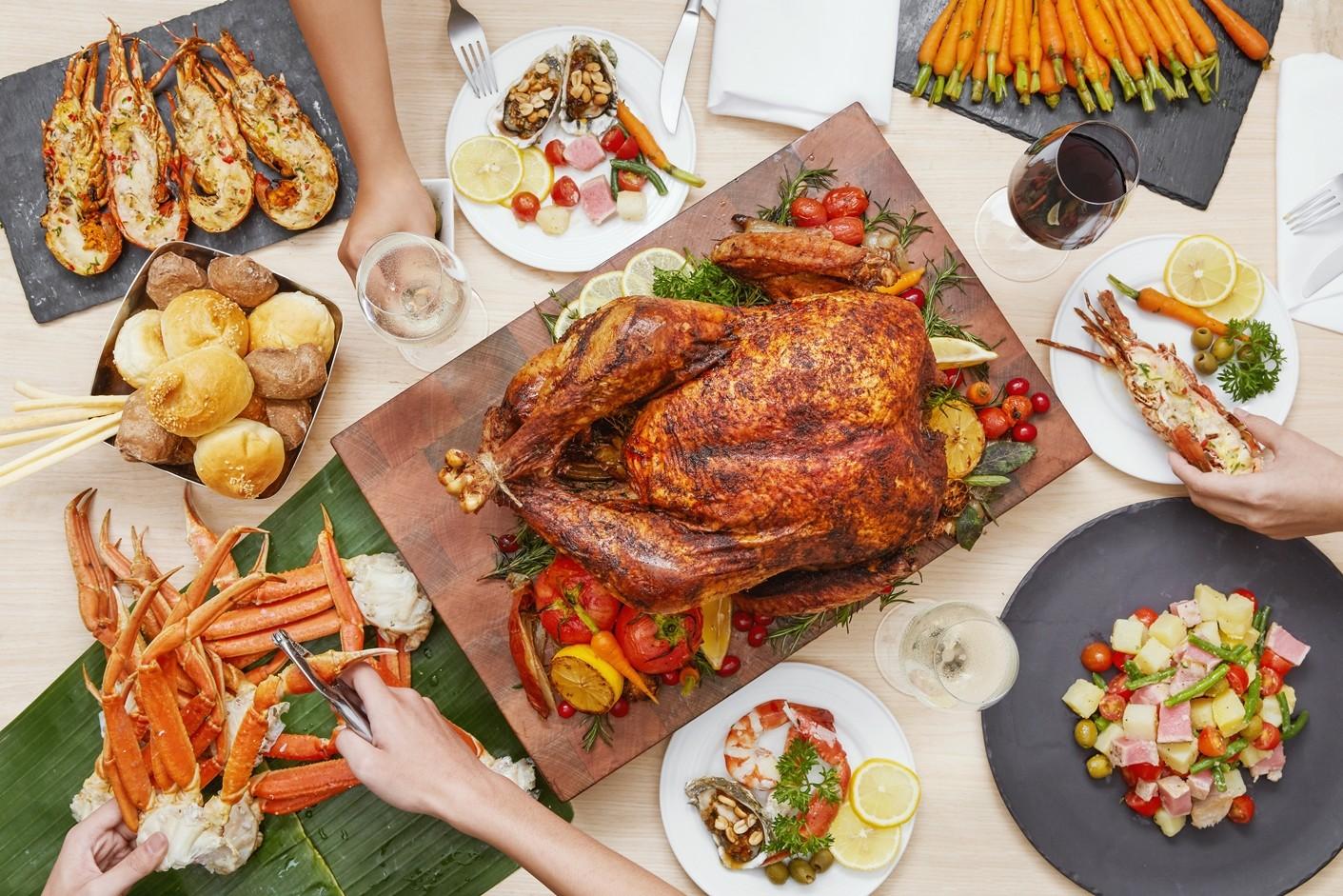 Christmas Day Brunch Buffet at Pullman Danang Beach Resort Epice Restaurant