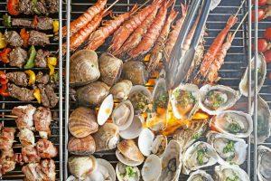 Tiệc nướng hải sản tươi & thịt ở biển - Fresh catch seafood & meat BBQ Buffet - Best seafood buffet in danang - sò điệp - bạch tuộc nướng - xiên nướng - tôm nướng - yummi - restaurant azure - danang restaurant