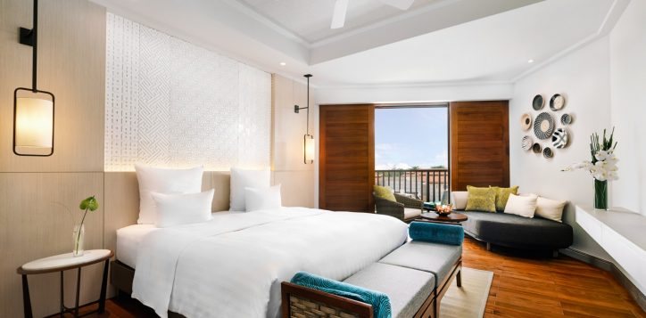 deluxe-king-bed-room-cottage-at-pullman-danang-beach-resort-vietnam-5-star-hotel2