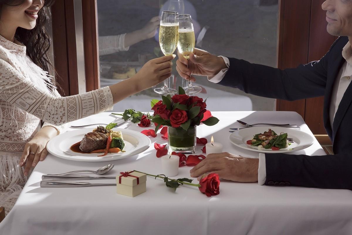 where to go valentine in da nang viet nam – dinning set menu