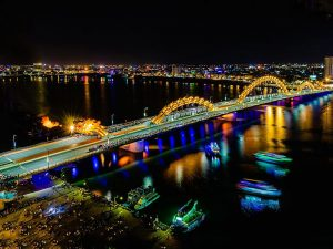 Dragon-Bridge-famous-bridge-in-danang