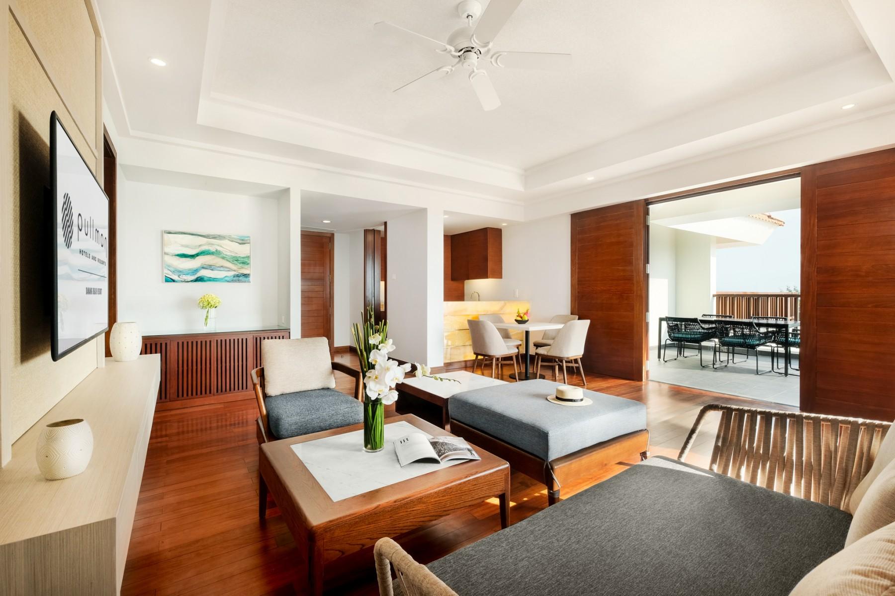 Penthouse Suite Pullman Danang Beach Resort 5 Star Hotels