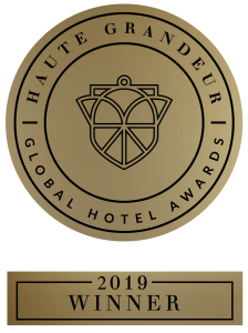 HG_Hotel_Web_Winner_Black-pulllman-danang-beach-resort-haute-grandeur-winner-2019-